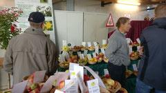 Sortenausstellung beim Hoffest (Bild U. Redeker).