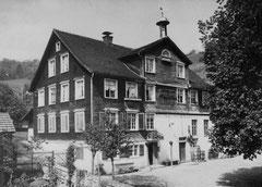 Gasthaus und Mühle vor Umbau