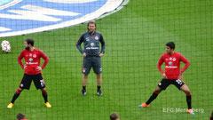 Aufwärmen vor dem Heimspiel der Eintracht gegen den FC Bayern am 08.11.2014