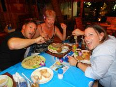 Gemeinsames Essen mit Roy's Eltern