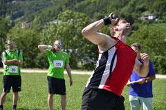 Roman Kirchhofer beim Kugelstossen. Quelle: Turnfest Remigen