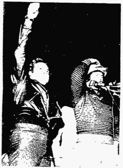Tug McGraw and Mike Schmidt greet fans upon the team's return from Montreal.