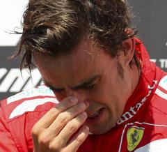Foto: elpais.de, 24.06.2012, Fernando alonso auf dem Siegerpodest in Valencia, Formel 1
