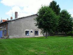 vue du jardin gîte à rarécourt près de Verdun