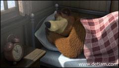 А Медведь сладко спал в своём лесном доме.