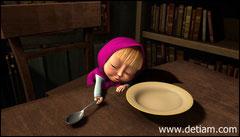 Не дождавшись каши Маша уснула, положив голову на стол