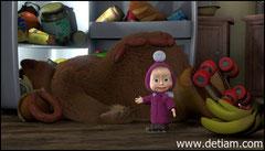 Маша подтолкнула Медведя, и он скатился по лестнице вниз, врезался в холодильник и... сладко всхрапнул.