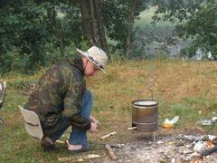 Игорь готовит завтрак