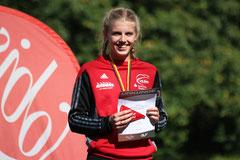 In der U16 setzte Lea Lemke neue Maßstäbe für Block und Speerwurf