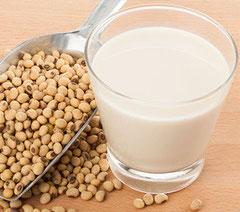 La soia e i suoi derivati: latte, tempeh, miso, olio, shoyu, lecitina