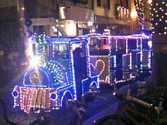 光のしずく…光の列車♪