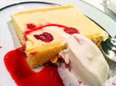 ウエディングケーキのデザート