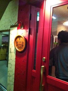 縄手ワイン食堂