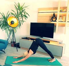 Yoga herabschauender Hund