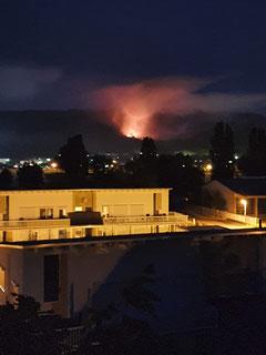 Feuerschein über der Stadt Witzenhausen (Foto privat)