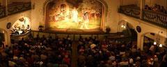 Einer der schönsten Theatersäle des Oberlandes mit herausragender Akkustik