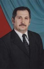 Харисов Фарит Фахразович, директор школы, высшее образование, высшая категория