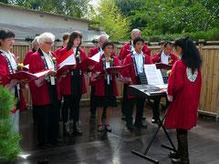 Der Chor unter Leitung von Saiko Yoshida-Mengk...