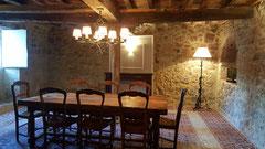 Salle du Chai du château La Hitte Vignoble AOC Buzet à Lavardac