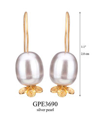 GPE3690: 36.00, GP HANGING EARRING WITH SILVER PEARL, FILIGREE LEAVES ON BOTTOM.