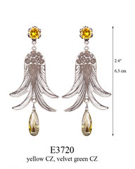 E3720: 100.00, OXI POST EARRING, YELLOW CZ IN TULIP CUP, FILIGREE WITH VELVET CZ ON THE BOTTOM.