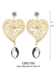 GPE3709: 140.00, GP POST EARRING, WHITE CZ IN CUP, HART SHAPED FILIGREE WITH A BLACK MOTHER PEARL ON THE BOTTOM