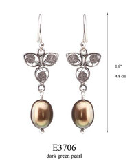 E3706: 40.00, OXI  HANGING EARRING, FILIGREE LEAF WITH A DARK GREEN PEARL ON THE BOTTOM.