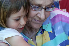 Un calin avec ma mamie Anne que je garde tout au fond de mon coeur...