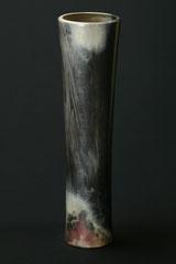 Vase-Unikat, von Hand poliert, Grubenbrand, H 44 cm