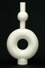 Design Vase aus zwei Teilen, gegossenes Porzellan, H 39,5 cm