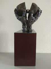 Rebirth - Size (cm): 30x20x62 - metal sculpture