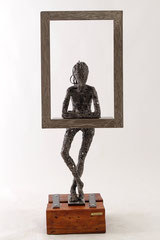 On the window - Size (cm): 36x28x96 (NOT AVAILABLE) - metal sculpture