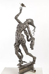 We are ready - Size (cm): 82x26x24 - metal sculpture