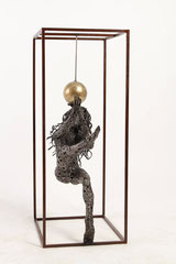 Untiled - Size (cm): 40x32x80 (NOT AVAILABLE) - metal sculpture