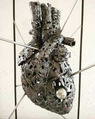 Awareness - Size (cm): 80x40x40 - metal sculpture - (NOT AVAILABLE)