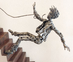 Uphill - Size (cm): 50x50x15 - metal sculpture - (NOT AVAILABLE)