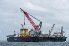 EDF RENOUVELABLES - CAPA ENTREPRISES - Installation du Jacket - Parc éolien offshore de Guérande - Pioneering spirit