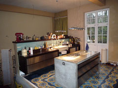 Küche nachher mit offener Wand zum jetztigen Hauseingangsflur