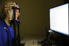 Proband beim EEG am MPI für Bildungsforschung
