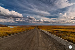 "Bild: Dalton Highway, Alaska, ""way to the horizon"", www.2u-pictureworld.de"