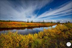 "Bild: river at Dalton Highway, Alaska, ""at the riverside"", www.2u-pictureworld.de"