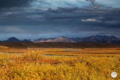 "Bild: dramatic light at Brooks Range in the Arctic Wildlife Refuge, Alaska, ""shadows and light"", www.2u-pictureworld.de"