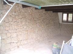 Garage im Naturstein
