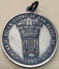 11. Dorso Medalla dorso, en honor al Dr. Salvador Mazza, San Pedro, Jujuy. 1980.