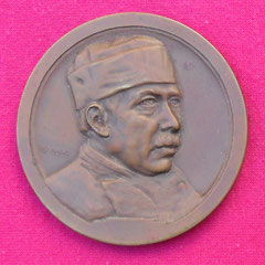 5. Frente Medalla unifáz del Dr. Luís Agote, Gentileza Dr. Carlos Di Bartolo.