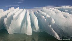 Eis geformt vom Wasser