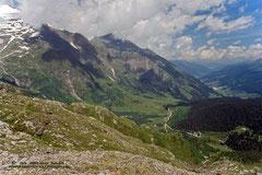 Aufstieg zum Hohen Sonnblick - Blick zurück ins Rauriser Tal