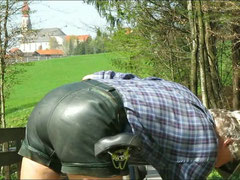 Dunkelgrünes Glattleder · Bund 78 cm · snapshot-20110409-18