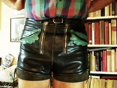 black – smooth leather · waist 29 · enlarged to 31 ½  · snapshot-20100625-02