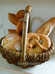 「パン・バスケット(飾りパン)」